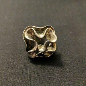 Silpada R1809 Bloom ring